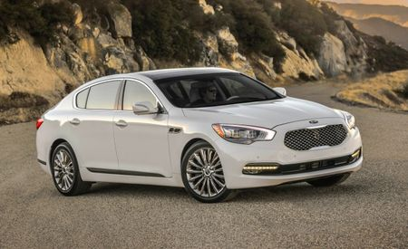 A $60,400 Kia?! 2015 K900 Luxury Sedan Pricing Out, Jaws Drop