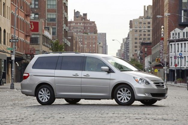 Honda Recalls Nearly 900,000 U.S.-Market Odysseys for Fire Risk