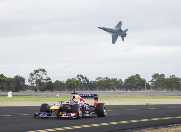 Red Bull Racing Pits Daniel Ricciardo's F1 Car Against an F/A-18 Hornet