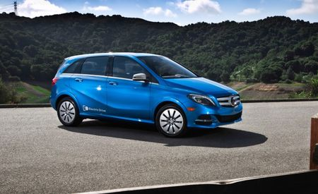 Electric Killer B: Prices for the Mercedes-Benz B-class Electric Drive Start at $42,375