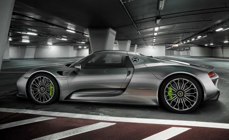 WATCH: Porsche 918 Spyder Proves It Can Do Fast at Austin's Circuit of the Americas