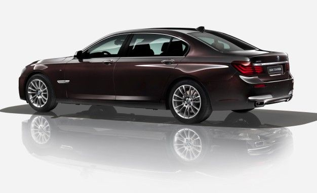 BMW 7-series Horse Edition Celebrates China's Year of the Equine [2014 Beijing Auto Show]