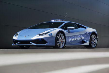 It's for a Cop: Lamborghini Donates 202-mph Huracán to Italian State Police