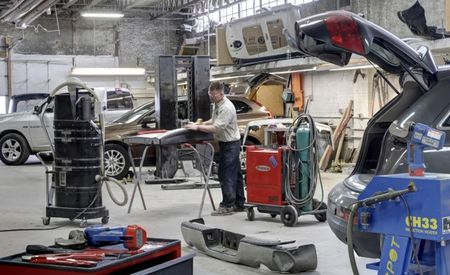 Foil's Gold: Body Shops Weighing Aluminum Repair Face a Steep Buy-In