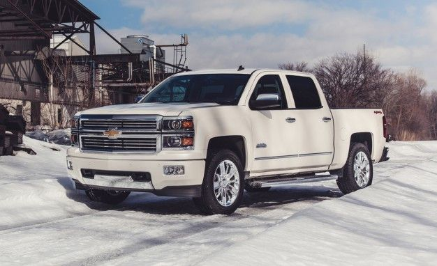 Tow What? GM Embraces SAE J2807 Trailer Standards for Silverado and Sierra 1500, Still Tugs Six Tons