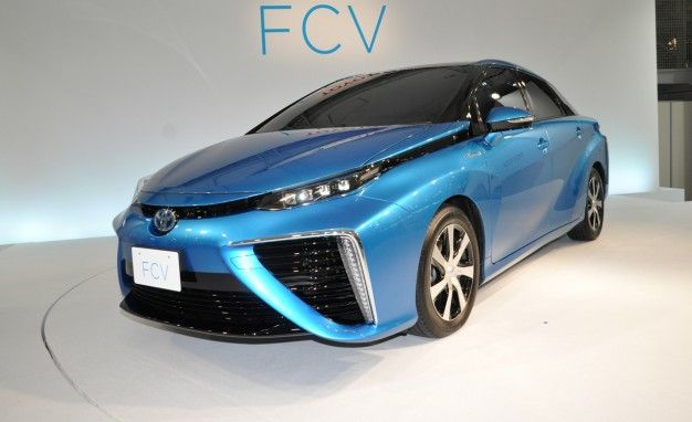 Hydrogen-Fueled Toyota FCV Priced at $69,000 in Japan, On Sale in California by Summer 2015