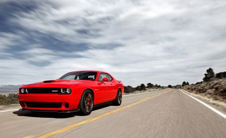 Highway to Hell(Cat): 707-hp 2015 Dodge Challenger SRT Hellcat to Start at $60,990