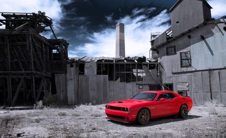 American Revolution: A Pair of Dodge Challenger SRT Hellcats Declares Independence From Traction [Exclusive Video!]