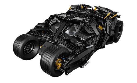 Lego's Batman Tumbler Kit Is Amazing, Has 1869 Pieces