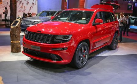 2015 Jeep Grand Cherokee SRT Gets More Power, More Quiet, and Red Vapor