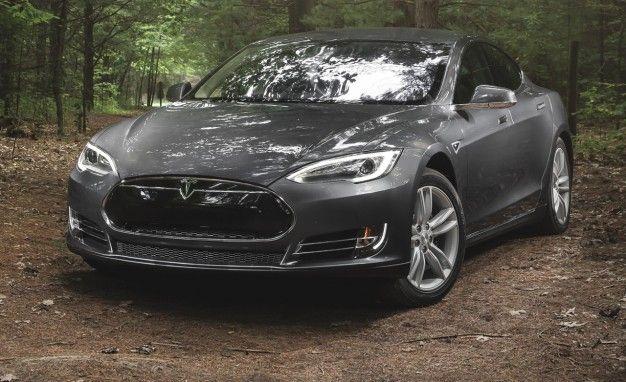 Dealers Sue to Block Tesla Sales in Missouri