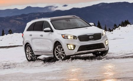 Kia Expands Tech Availability, Adds Automated Braking to 2017 Sorento