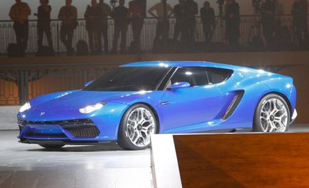 It's . . . It's Beautiful: Lamborghini Reveals 897-hp Asterion LPI 910-4 Hybrid Supercar!