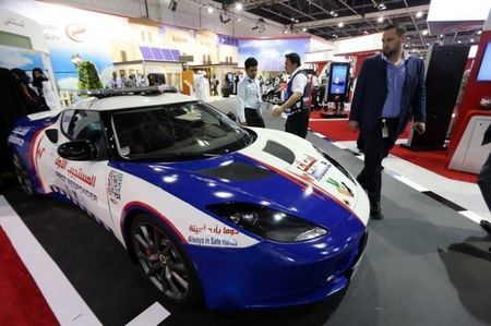 Sirens on Sports Cars, Ambulance Edition: UAE Paramedics to Get Lotus Evora and Ford Mustangs