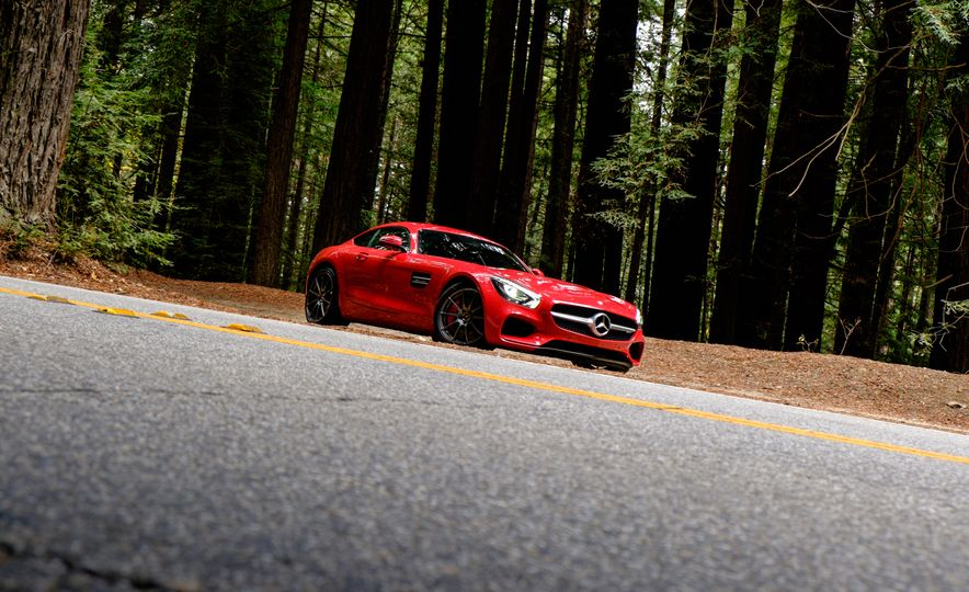 15 Rad Things You Need to Know About the Mercedes-AMG GT S - Slide 16