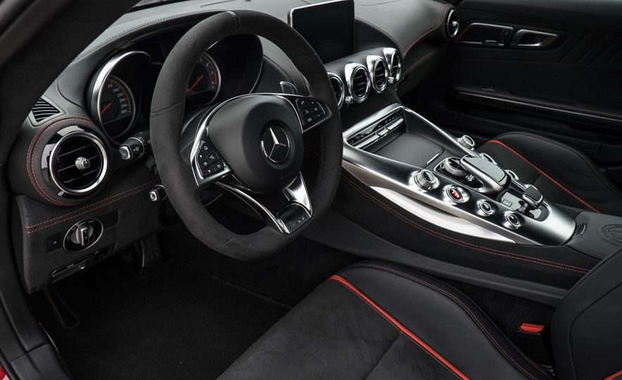 15 Rad Things You Need to Know About the Mercedes-AMG GT S - Slide 2