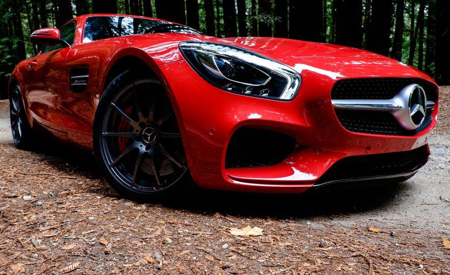 15 Rad Things You Need to Know About the Mercedes-AMG GT S - Slide 7