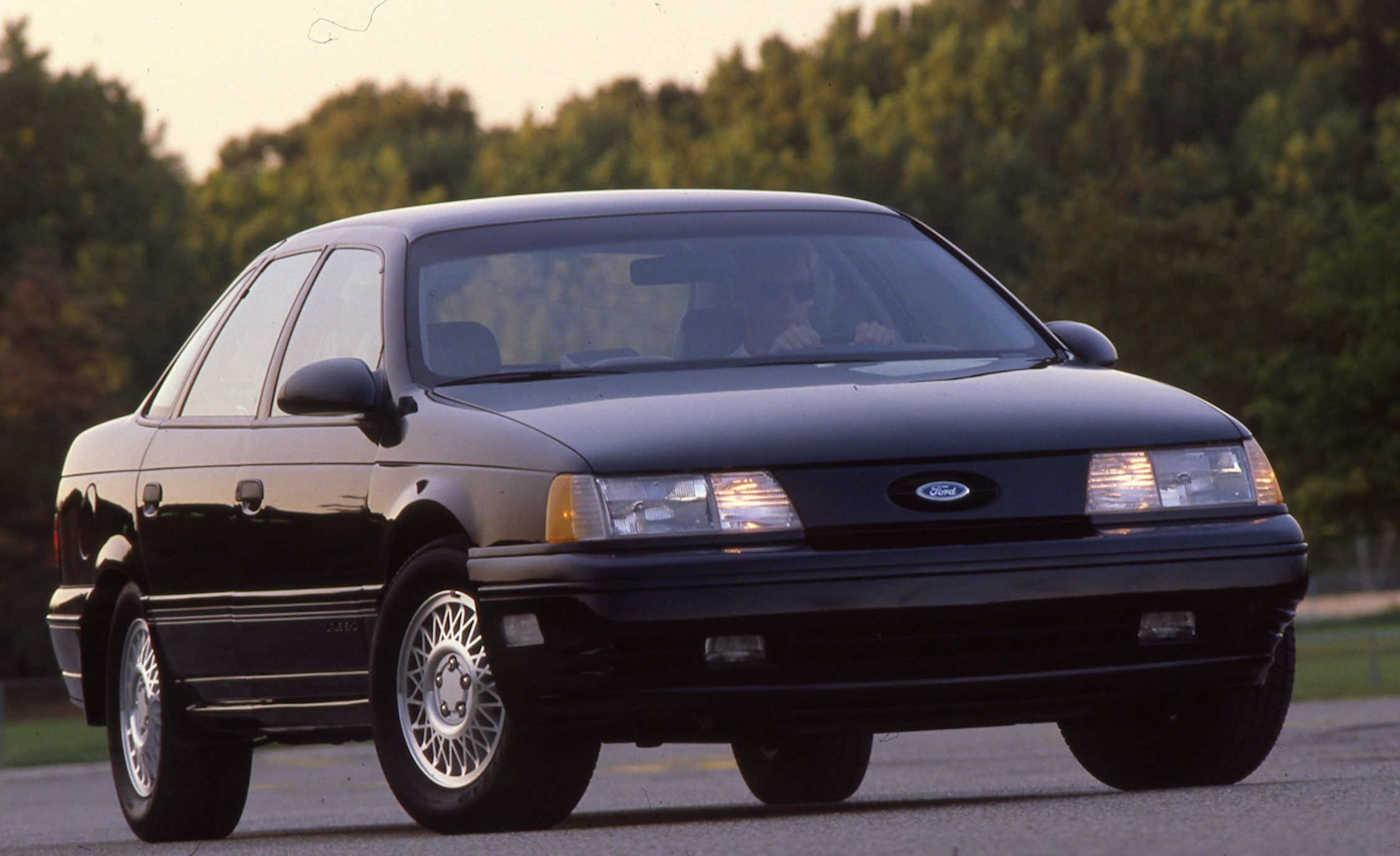 Sho Nuff A Visual History Of Fords Iconic Taurus Supersedan 93 Ford Wiring Diagram