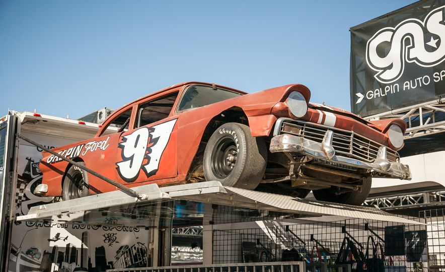 15 of the Hottest Classics at SEMA: Porsches, Mustangs, Off-Roaders, and More - Slide 5