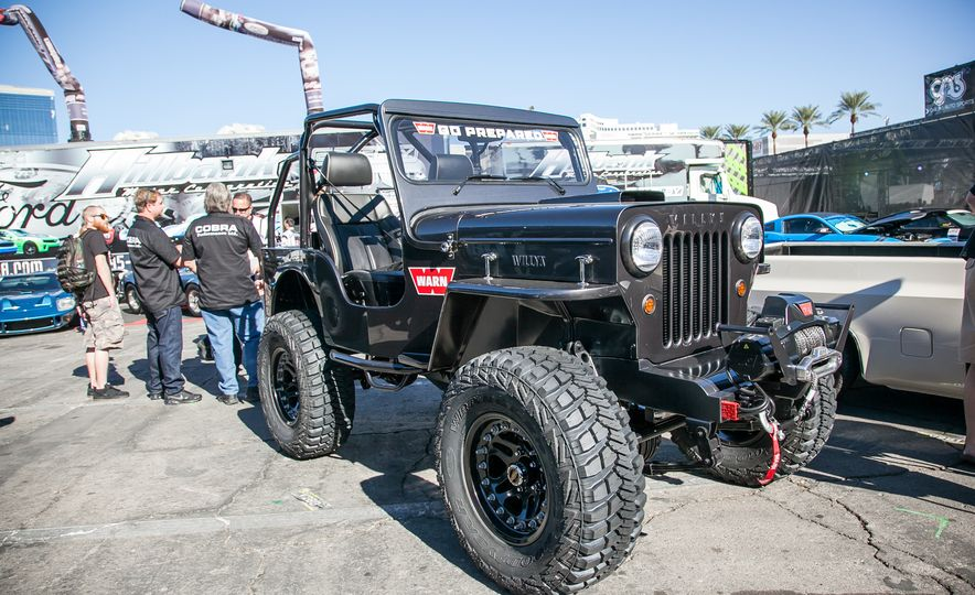 15 of the Hottest Classics at SEMA: Porsches, Mustangs, Off-Roaders, and More - Slide 6
