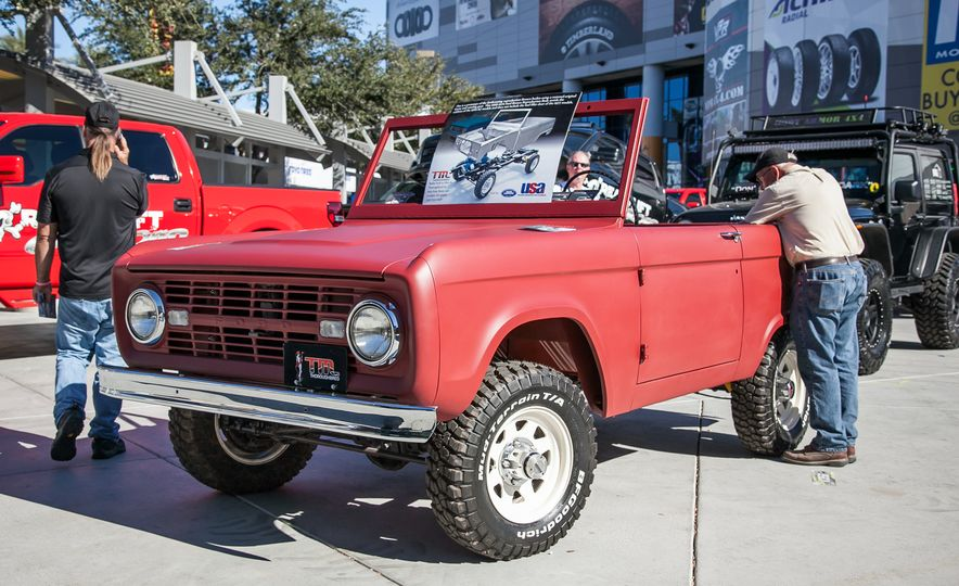 15 of the Hottest Classics at SEMA: Porsches, Mustangs, Off-Roaders, and More - Slide 7