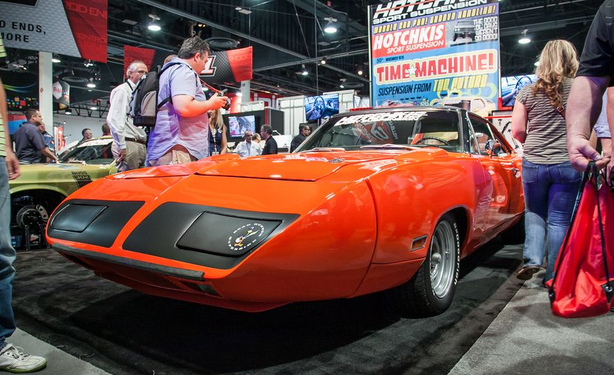 15 of the Hottest Classics at SEMA: Porsches, Mustangs, Off-Roaders, and More - Slide 8