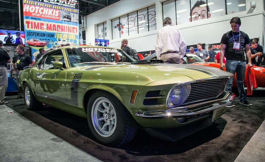 15 of the Hottest Classics at SEMA: Porsches, Mustangs, Off-Roaders, and More - Slide 9
