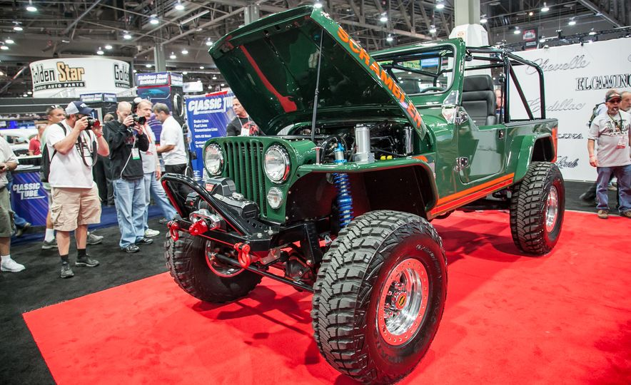 15 of the Hottest Classics at SEMA: Porsches, Mustangs, Off-Roaders, and More - Slide 11