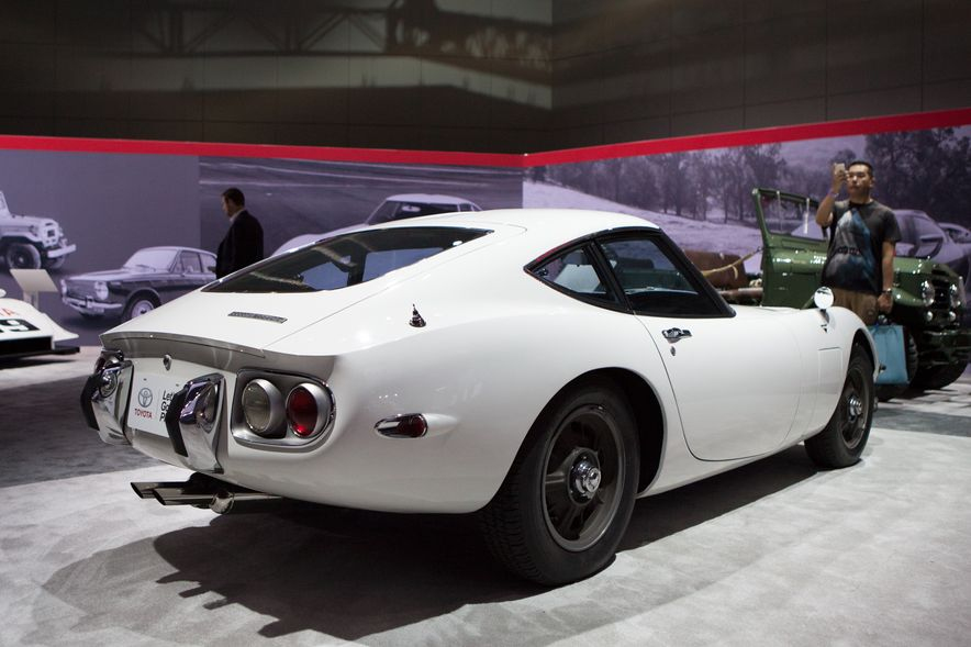 All Radness, No Badness: 7 Hot Race and Performance Cars from the L.A. Auto Show - Slide 6