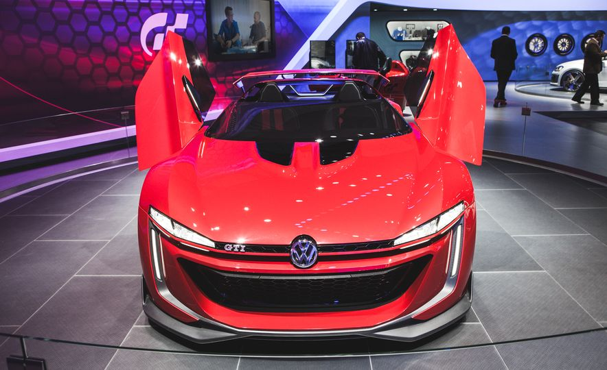 All Radness, No Badness: 7 Hot Race and Performance Cars from the L.A. Auto Show - Slide 14