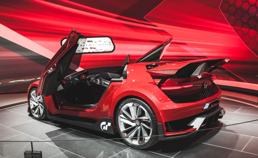 All Radness, No Badness: 7 Hot Race and Performance Cars from the L.A. Auto Show - Slide 15