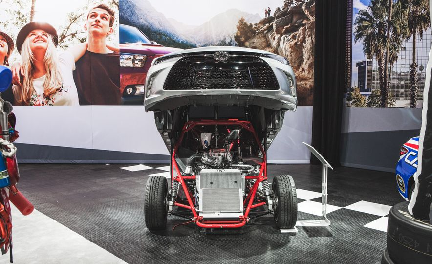 All Radness, No Badness: 7 Hot Race and Performance Cars from the L.A. Auto Show - Slide 8