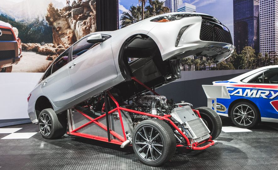 All Radness, No Badness: 7 Hot Race and Performance Cars from the L.A. Auto Show - Slide 7