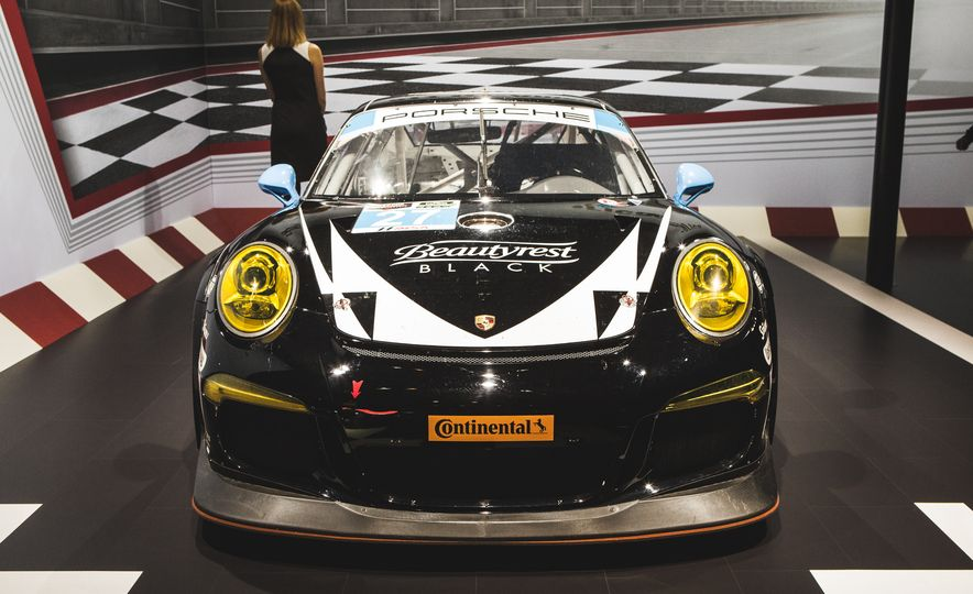 All Radness, No Badness: 7 Hot Race and Performance Cars from the L.A. Auto Show - Slide 18