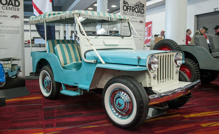 FCs, Jeepsters, CJs, and More: The Awesome Classic Jeeps of SEMA - Slide 8