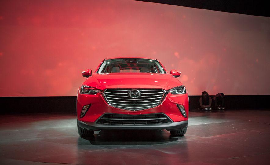 2016 Mazda CX-3 - Slide 3