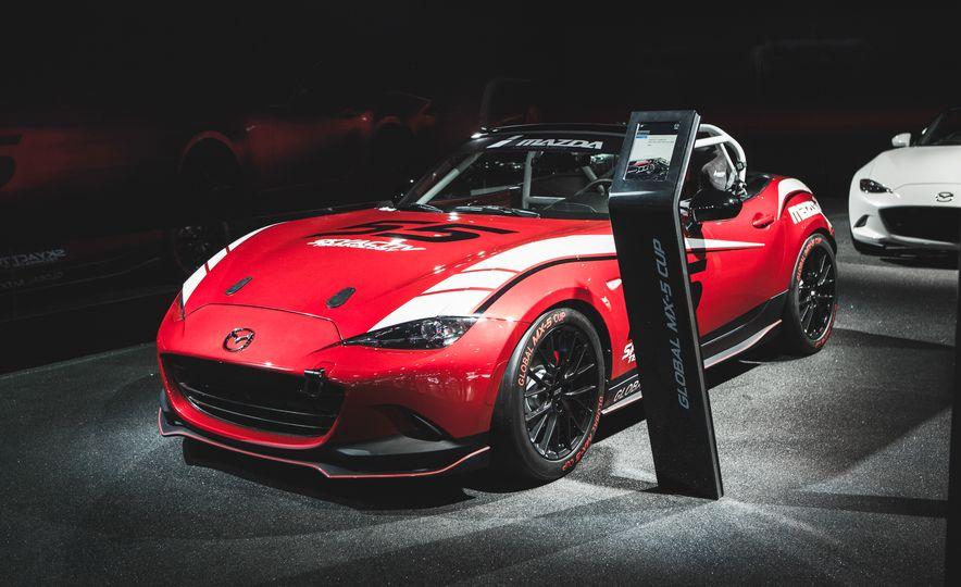2016 Mazda MX-5 Cup Car - Slide 6