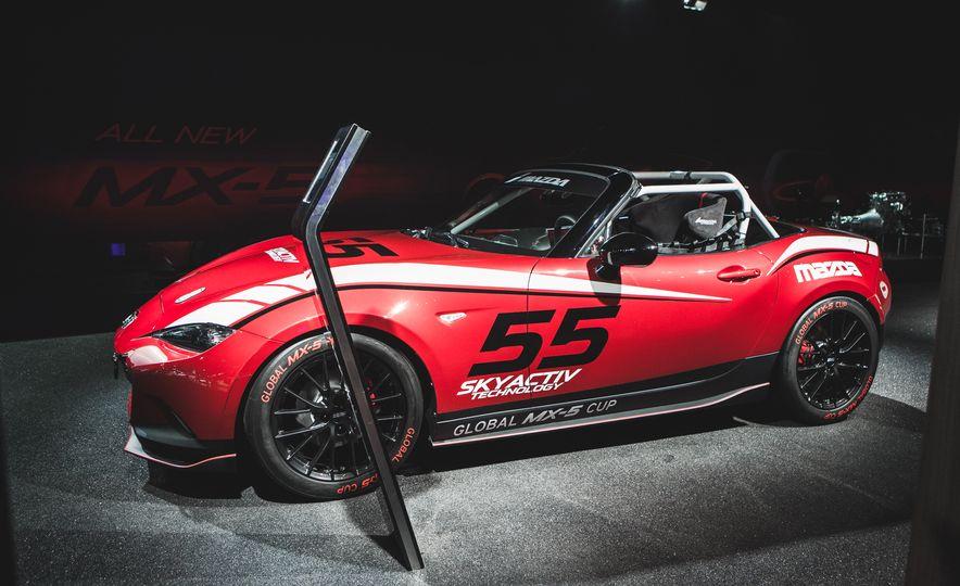 2016 Mazda MX-5 Cup Car - Slide 7