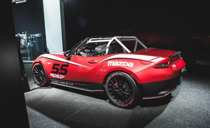 2016 Mazda MX-5 Cup Car - Slide 9