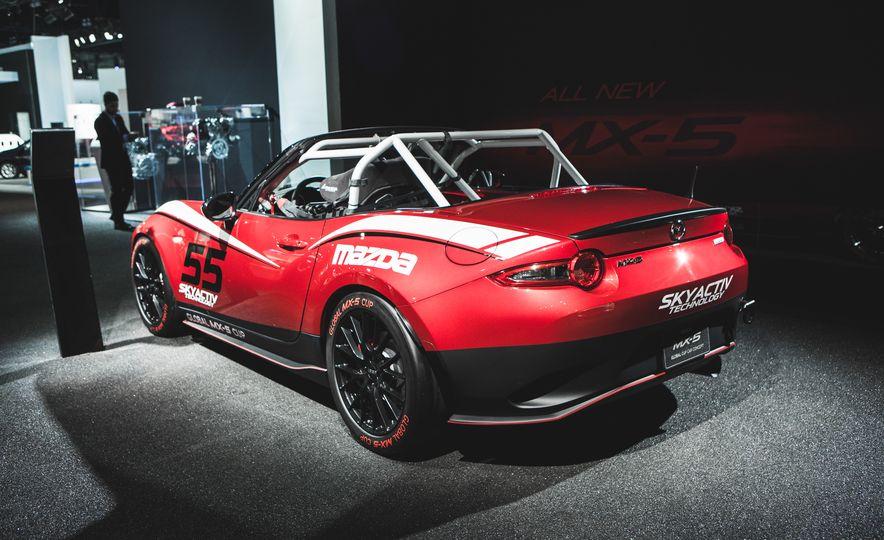 2016 Mazda MX-5 Cup Car - Slide 10