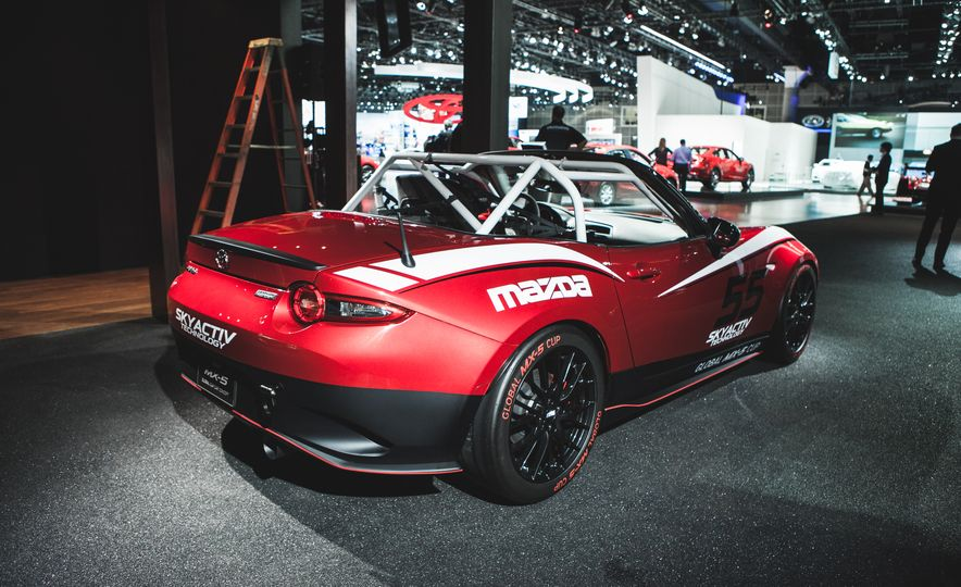 2016 Mazda MX-5 Cup Car - Slide 14