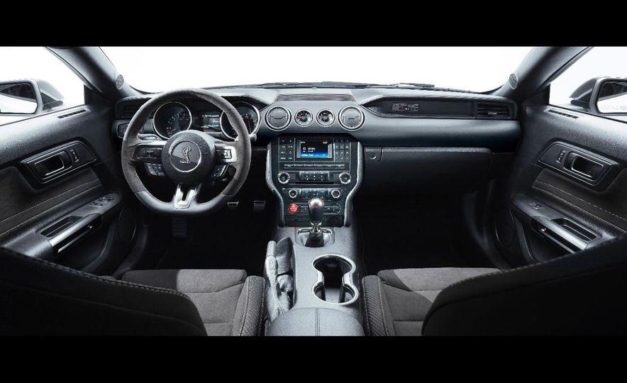 2016 Ford Mustang GT350 - Slide 11