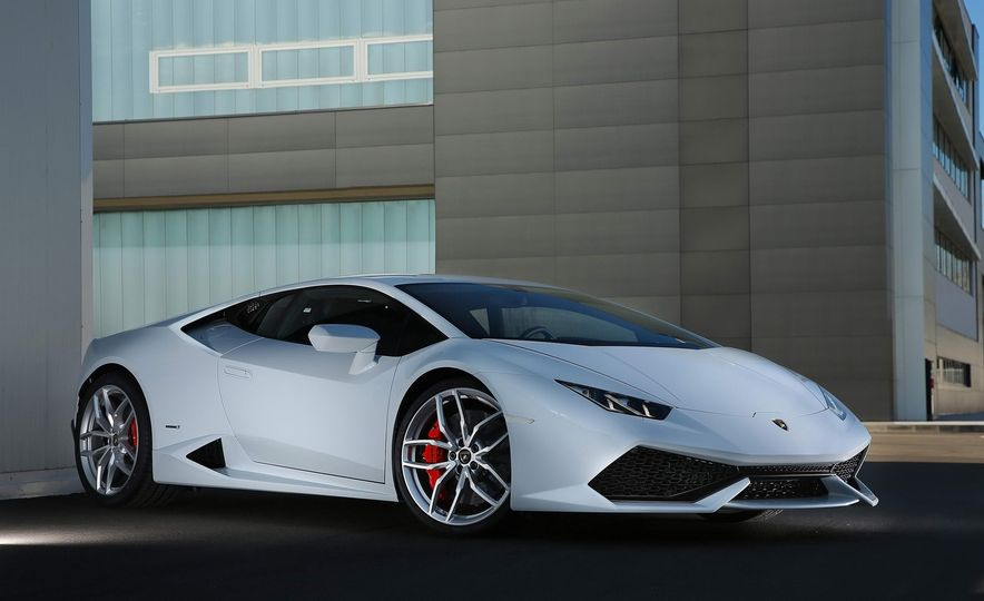 These Are the 10 Most Beautiful Cars Available Today - Slide 6