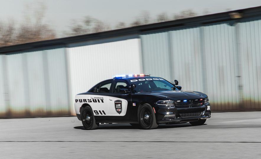 2015 Dodge Charger Pursuit AWD - Slide 2