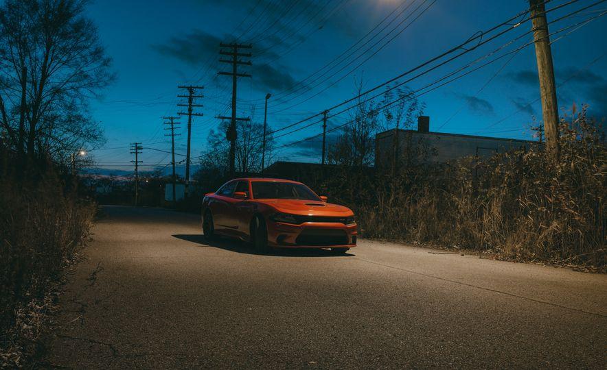2015 Dodge Charger SRT Hellcat - Slide 21