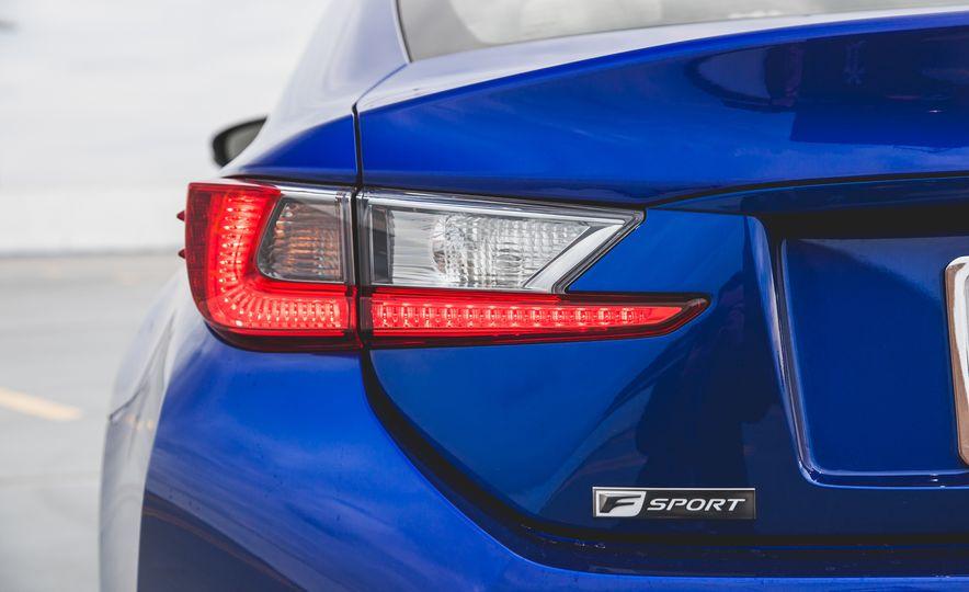 2015 Lexus RC350 F Sport - Slide 19