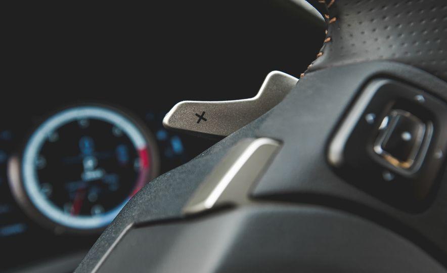 2015 Lexus RC350 F Sport - Slide 31