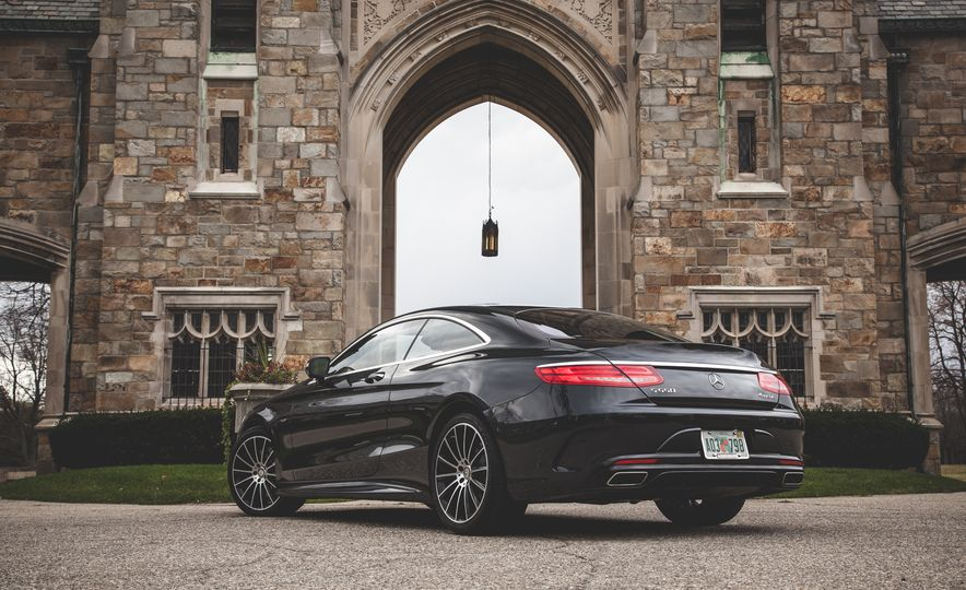 2015 Mercedes-Benz S550 4MATIC coupe - Slide 11