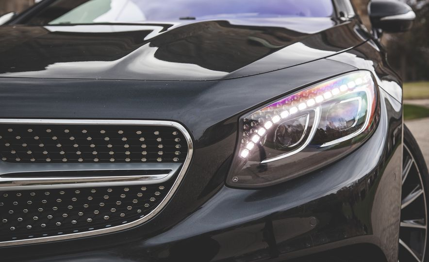 2015 Mercedes-Benz S550 4MATIC coupe - Slide 16