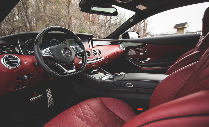 2015 Mercedes-Benz S550 4MATIC coupe - Slide 24